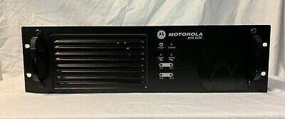 MOTOROLA XPR 8300 Mototrbo Repeater VHF High Power 136-174 MHz 25-45W