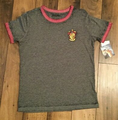 ecf6f2a7e0ca Juniors Harry Potter T-shirt gray/burgundy size medium. new with tags