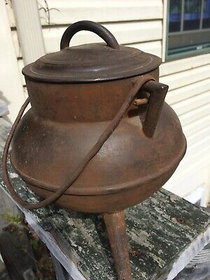 Antique Cast Iron 3 Leg Gypsy Pot Very Old And Unusual