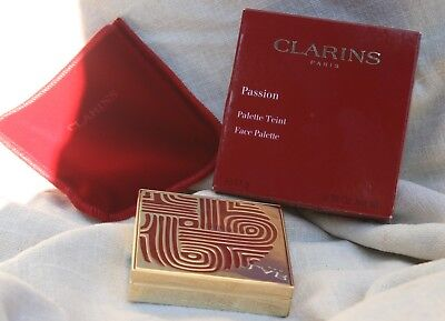 Clarins Passion Face Palette Universal Silky Soft Face Powder 11g BNIB