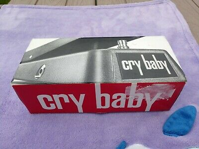Dunlop GCB95  Crybaby wah-wah pedal in box Most excellent  CGB-95 cry baby