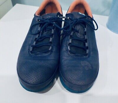 Ecco 38 7.5 Navy Blue Lace Up Comfort Leather Sneakers