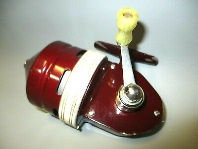 Vintage South Bend Spin Cast 1100 Fishing Reel. Canadian Made