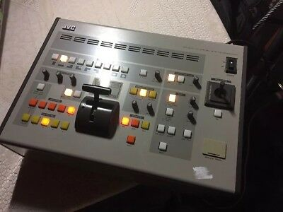 JVC KM-1600 Y/C Special Effects Generator Vision Mixer