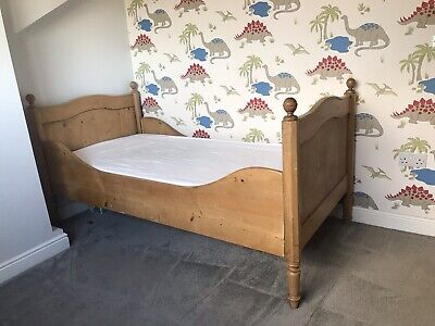 antique,french,pine,continental,single,sleigh bed,bedroom,cottage,rustic