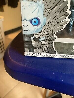 Game Of thrones Funko Pop Night King Metallic HBO Exclusive Slightly Damaged Box