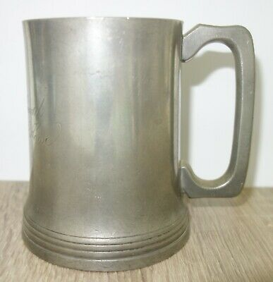 Antique pint pewter mug/tankard by Loftus c1895 engraved with pub and licencee.