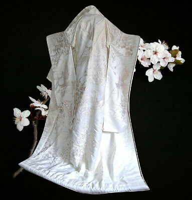 Japanese Kimono Long Silk Embroidery Traditional Dress Bridal White Garment