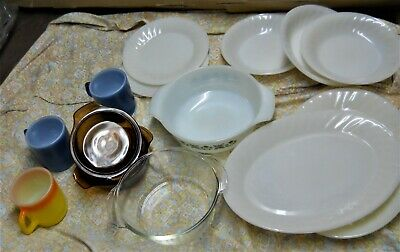 Lot - 13 Pieces of Fire King Ovenware