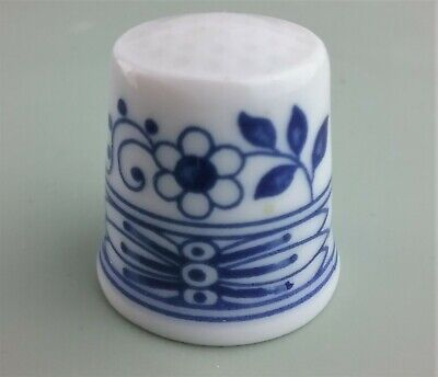 Hutschenreuther Thimble Blue Onion - Blue & White Floral Collector Germany