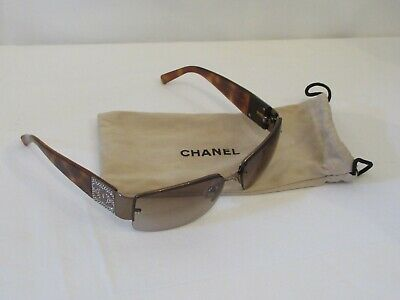 4b8982fc67 CHANEL WOMENS DESIGNER Sunglasses With Case And Box - EUR 71