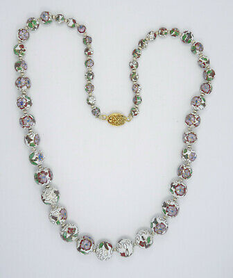 "VINTAGE CHINESE GRADUATED BEAD WHITE CLOISONNE FLORAL ENAMEL NECKLACE ~ 31"" /59g"