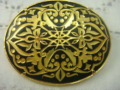 Vintage Damascene Black Gold Oval Ornate Pin Brooch