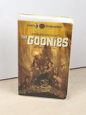 THE GOONIES Movie first release edition 1985 VHS Videotape In Clamshell Used