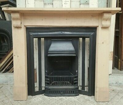 A RECLAIMED REPRODUCTION CAST IRON FIRE INSERT READY FOR FIRE TILES Ref FI0032