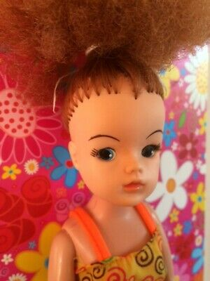 Rare Vintage retro Pedigree Sindy doll with wild titian hair TLC!