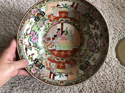 Chinese Rose Medallion Bowl with Stand