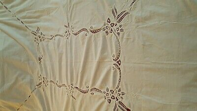 """Battenburg lace and embroidered white color cotton tablecloth 64"""" x 80"""" vintage"""