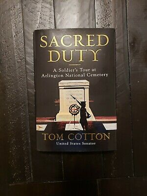 Sacred Duty: A Soldier's Tour at Arlington National Cemetery (2019, Hardcover)