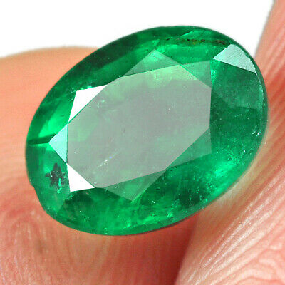 1.3Ct Grade Green Emerald 100% Natural Collection Retail Price $1000 UQMD252