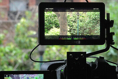 """SmallHd Focus 5"""" - tested only, excellent condition - sun hood, extra cables"""