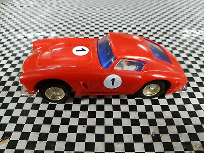 Scalextric C69 Vintage 60s Ferrari Berlinetta with F & R Lights in VG condition