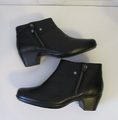 7a538aaecd3 CLARKS Bendables Women's Black Soft Leather Ankle Boots Side Zip Size 10