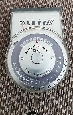 Vintage Kitsch Boots Photography Light Meter. Excellent condition