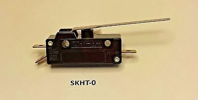 SKHT-0 Unimax momentary Long Lever snap action SPDT 15 Amp 250 VAC switch