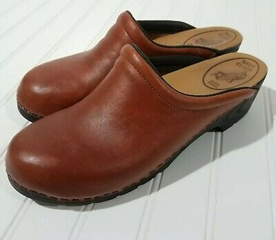 ef60e69a2f531 SAGA STAPLED CLOGS Womens Size 41 9.5 Brown Leather Shoes Sweden Swedish
