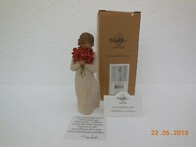 Willow Tree Figurine ~ Surrounded by Love ~ Susan Lordi
