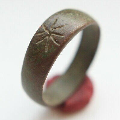 Post Medieval Ornament Bronze Finger Ring (MAY05)