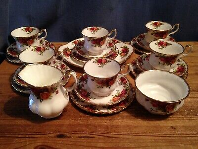 A Royal Albert 21 Piece Tea Set in the Old Country Roses Pattern - 1st