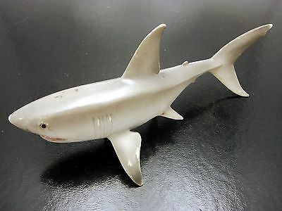 Vintage 2004 Schleich Great White Shark Lifelike Retired 7 Inch