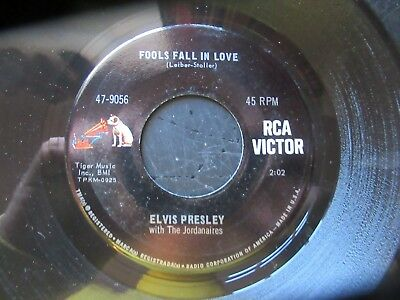 45 RPM Record  ELVIS PRESLEY     Fools Fall In Love / Indescribably Blue MINT