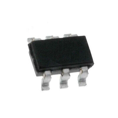 PIC16F15354-I//SP PIC microcontroller SRAM 512B 32MHz THT DIP28 Package