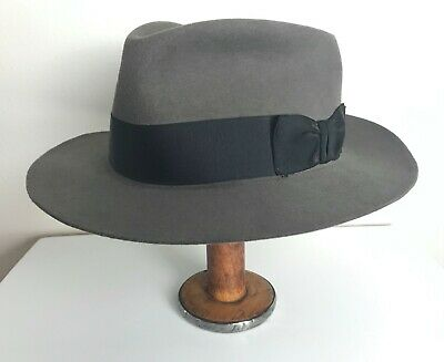 9a97a8436bf208 Vintage STETSON Royal Deluxe Fedora ~ size 7 3/4 ~ gray WIDE BRIM fur