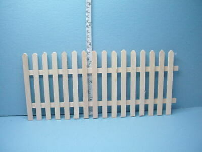 Dollhouse Miniatures 1:12 Scale Rusty Picket Fence Item #IM69034