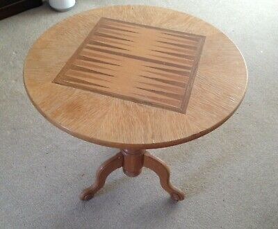 Lovely Round Backgammon Solid Wood Table