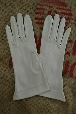 VINTAGE 1960s FOWNES ivory nylon gloves size 6.5