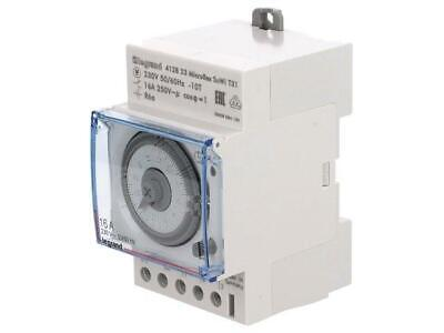 412823 Programmable time switch 30m24h SPDT 250VAC/16A 230VAC DIN T31SU/WI