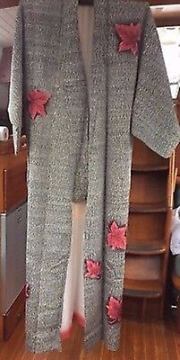 Fab Black & White Patterned Vintage Japanese Full Length Kimono With Red Flowers