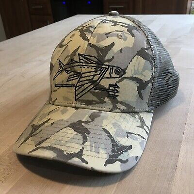 90d5b222 PATAGONIA CARDIFF FLYING Fish Trucker Hat - Vintage - $37.95 | PicClick