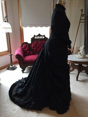 Stunning Antique 1889 Victorian Silk Ruffle Dress With Train Paris Label French