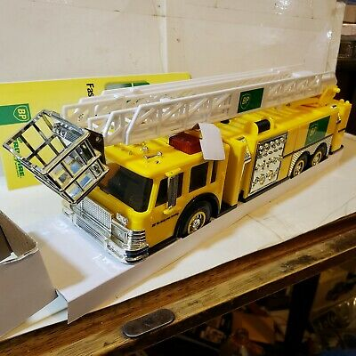 BP Aerial Tower Fire Truck 1996 Collector's Edition 1st Series