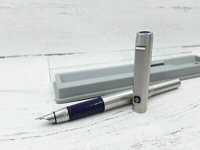 Parker 25 stainless Steel fountain pen in mint condition