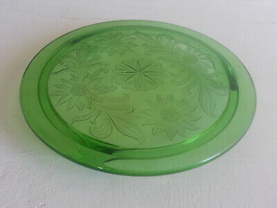 """Vintage Green Depression Glass 10"""" Footed Cake Plate Daisy Etch Sunflower Flower"""