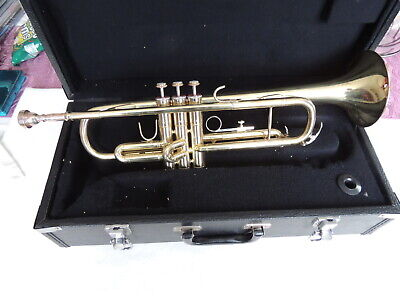 Trumpet with mouth piece and case