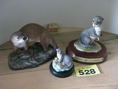 Collection Otter Figurines Three Different Leonardo Arena China 1980 Mounted