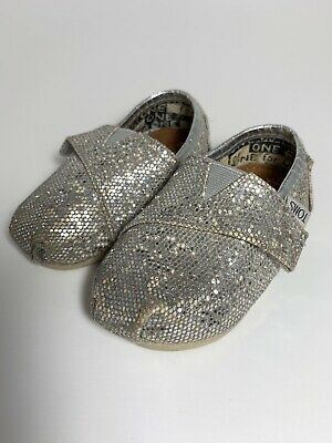 1ee5fbf54fd2 TODDLER GIRLS SIZE 8.5 Black Sequin TOMS shoes - $12.00 | PicClick